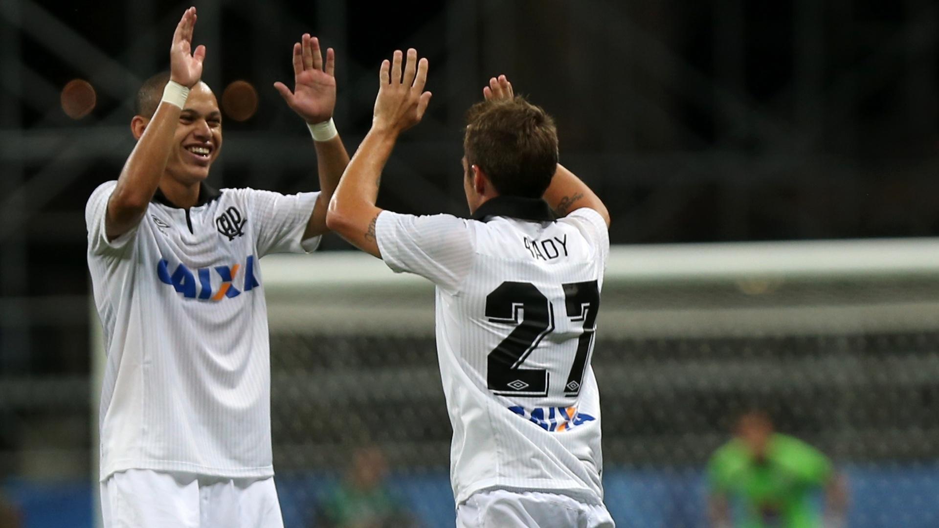 Bady aumentou a vantagem do Atlético-PR contra o Bahia
