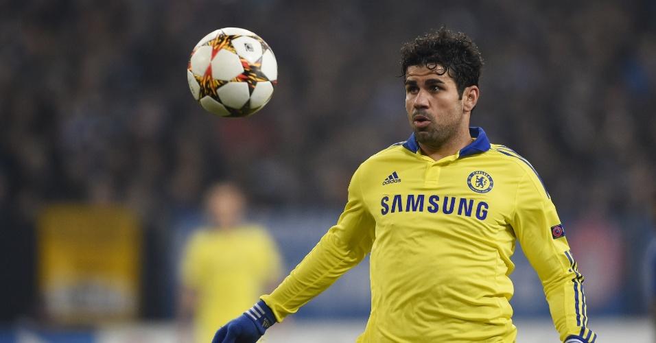 Diego Costa domina a bola em partida do Chelsea na Liga dos Campeões