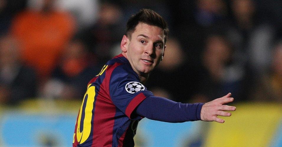 Messi comemora após quebrar o recorde de Raúl na Liga dos Campeões