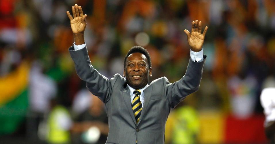 Pelé durante abertura da Copa Africana de Nações em 2012