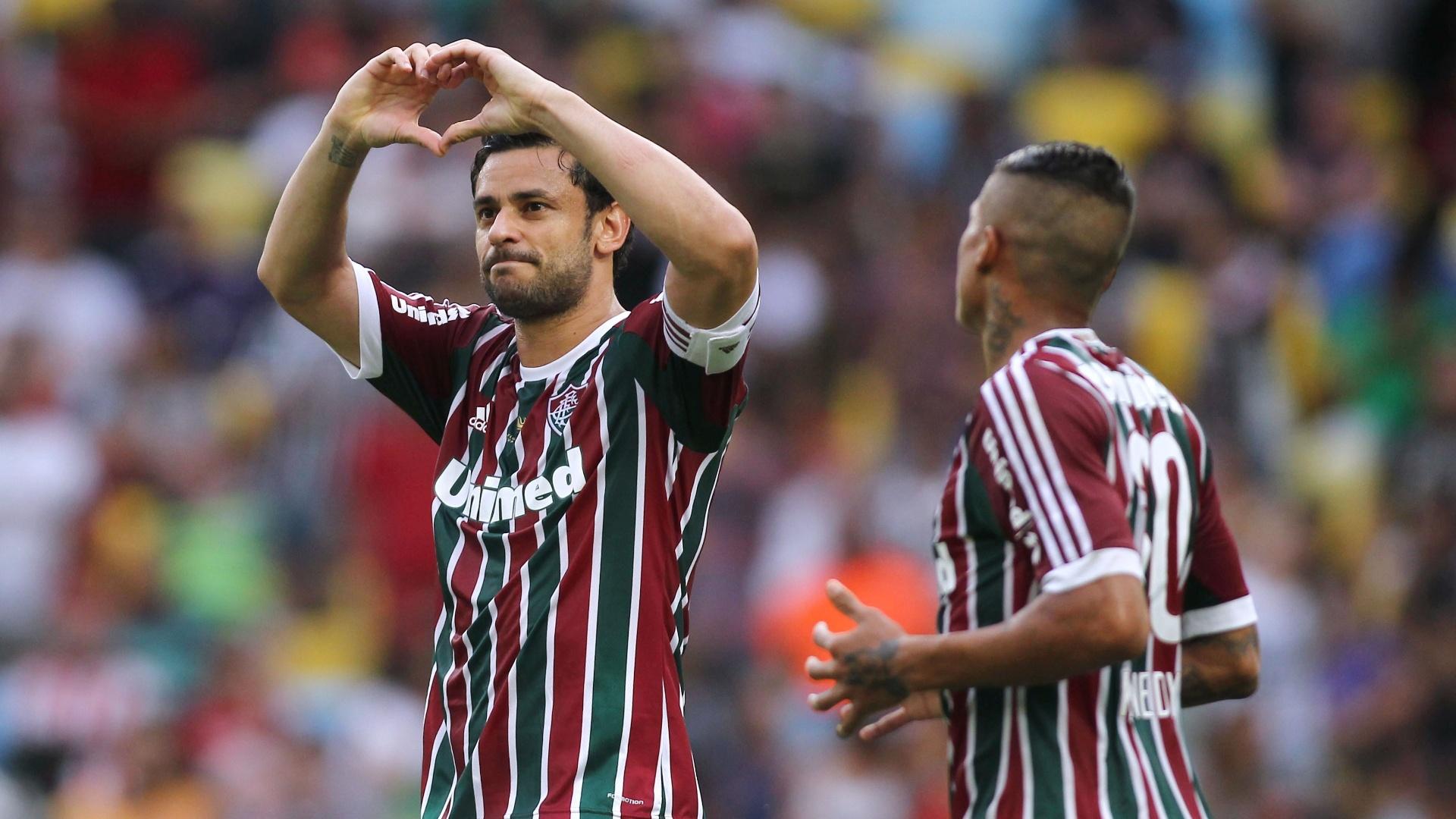 Fred marcou duas vezes de pênalti no jogo contra o Corinthians