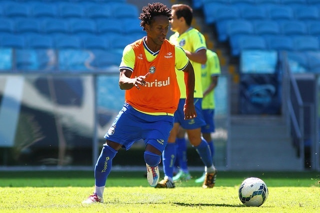 06 dez 2014 - Zé Roberto deve se despedir do Grêmio neste domingo