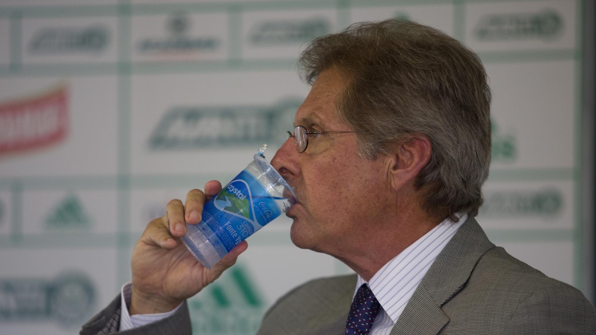 Oswaldo de Oliveira durante sua apresentação no Palmeiras
