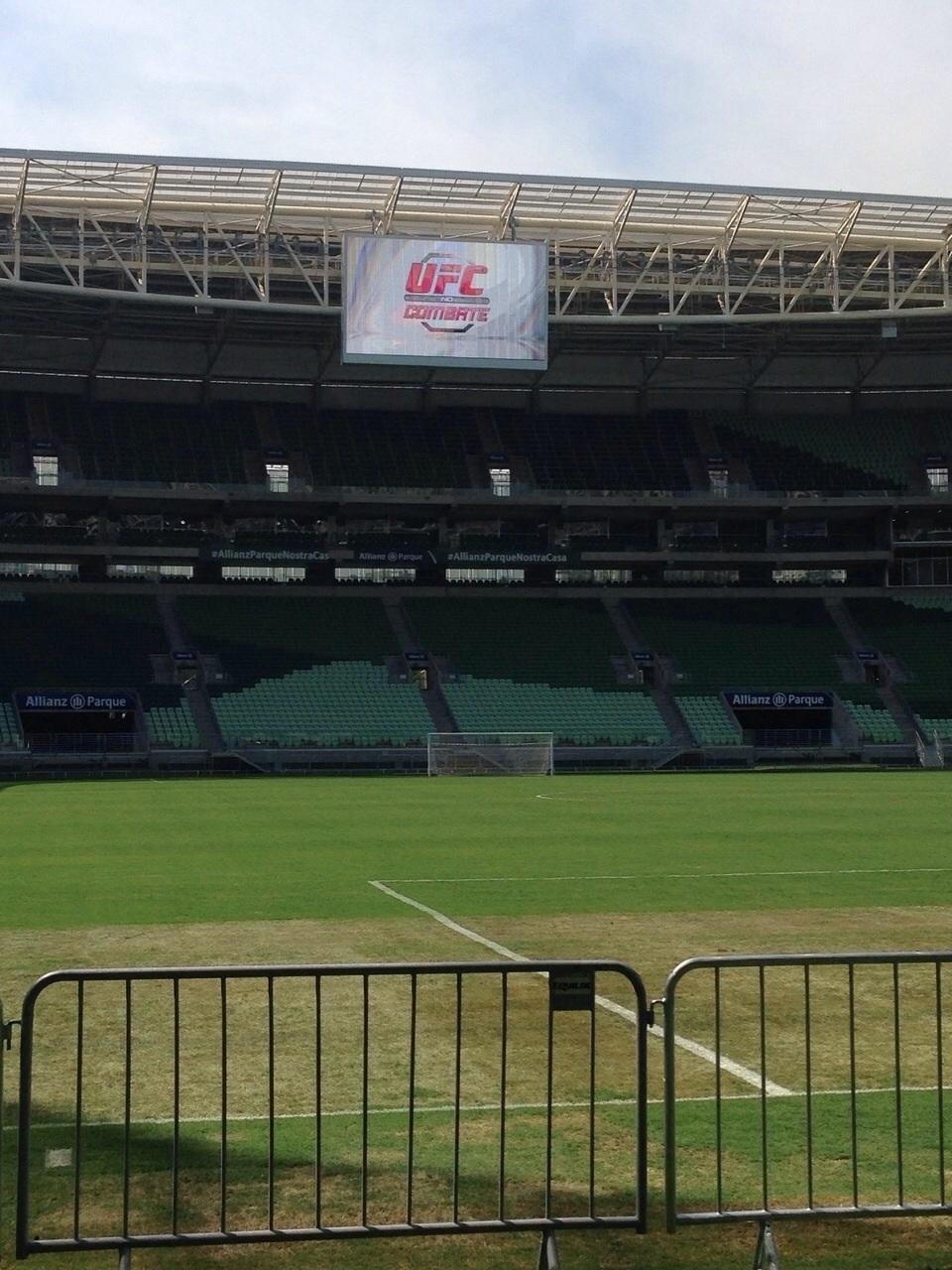 Estádio do Palmeiras, Allianz Parque, recebeu um treino aberto do UFC nesta quinta-feira