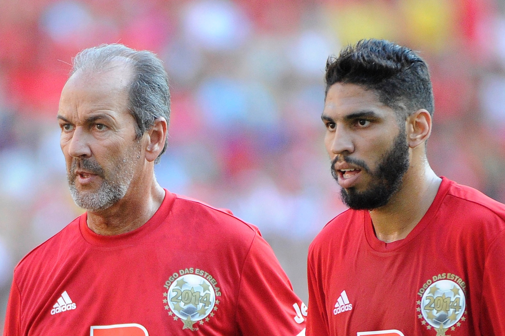 Hugo de León e Wallace perfilam lado a lado no Jogo das Estrelas 2014