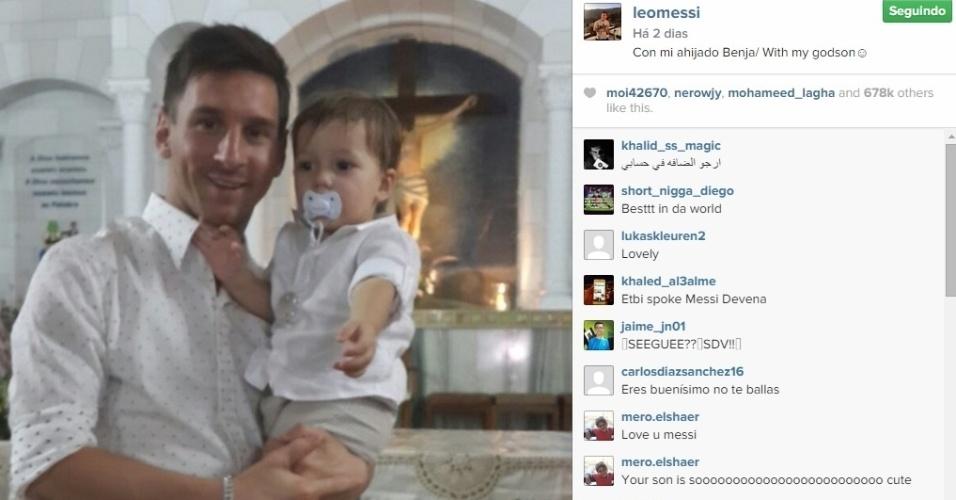 Messi batizou o pequeno Benjamin, em sua cidade natal, Rosário (Argentina). O garoto é o filho mais novo do irmão do craque do Barcelona