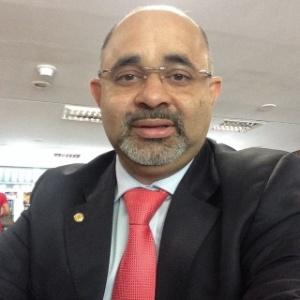 """George Hilton é o ministro do Esporte e vai colocar o ministério """"à disposição"""" de Dilma"""