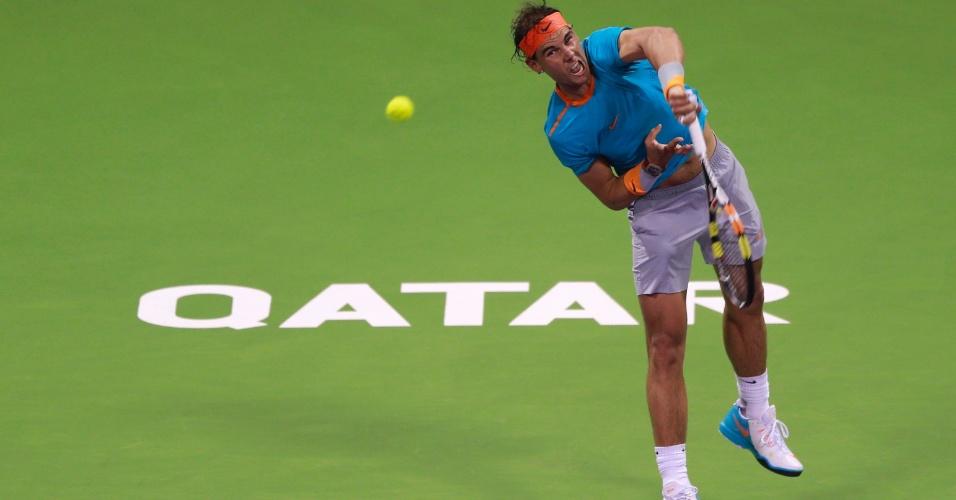 06.jan.2015 - Rafael Nadal enfrenta Michael Berrer no Torneio de Doha