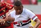 Lateral Reinaldo vira alvo de disputa entre Flamengo e Botafogo