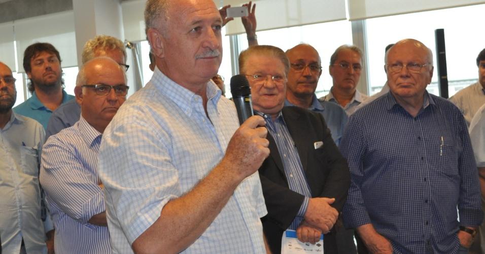 08 jan 2015 - Felipão fala em apresentação dos jogadores do Grêmio