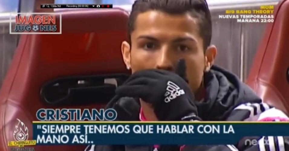 Cristiano Ronaldo se irrita com cinegrafista de TV espanhola