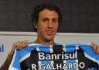 Lateral do Grêmio aprendeu a cobrar faltas com Ronaldinho e Marcos Assunção