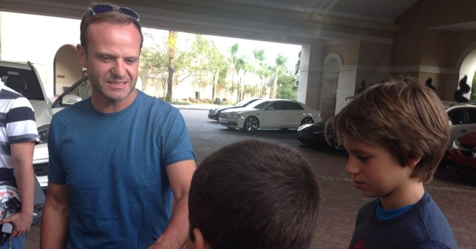 Rubinho visita treino do Corinthians em Orlando, EUA