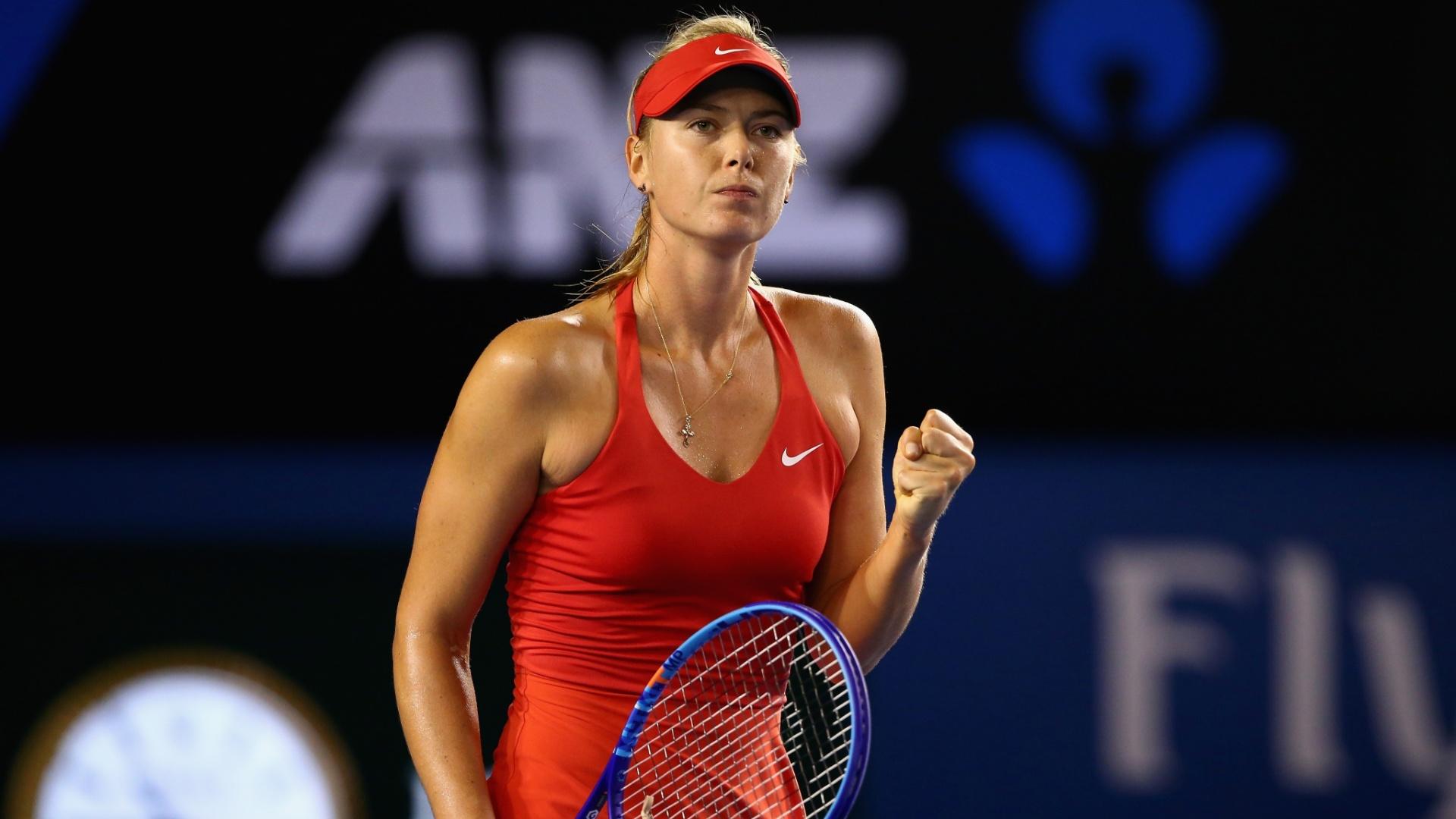 Sharapova comemora ponto conquistado no Aberto da Austrália