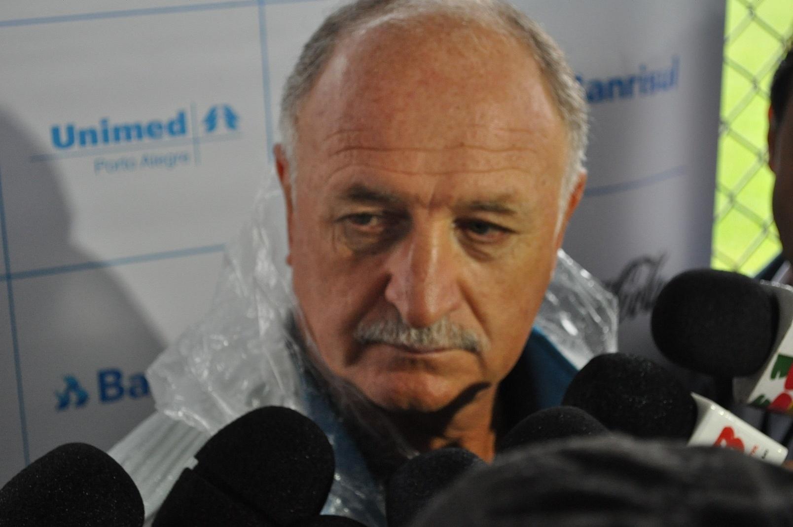 21 jan 2015 - Felipão concede entrevista coletiva ao fim da pré-temporada do Grêmio