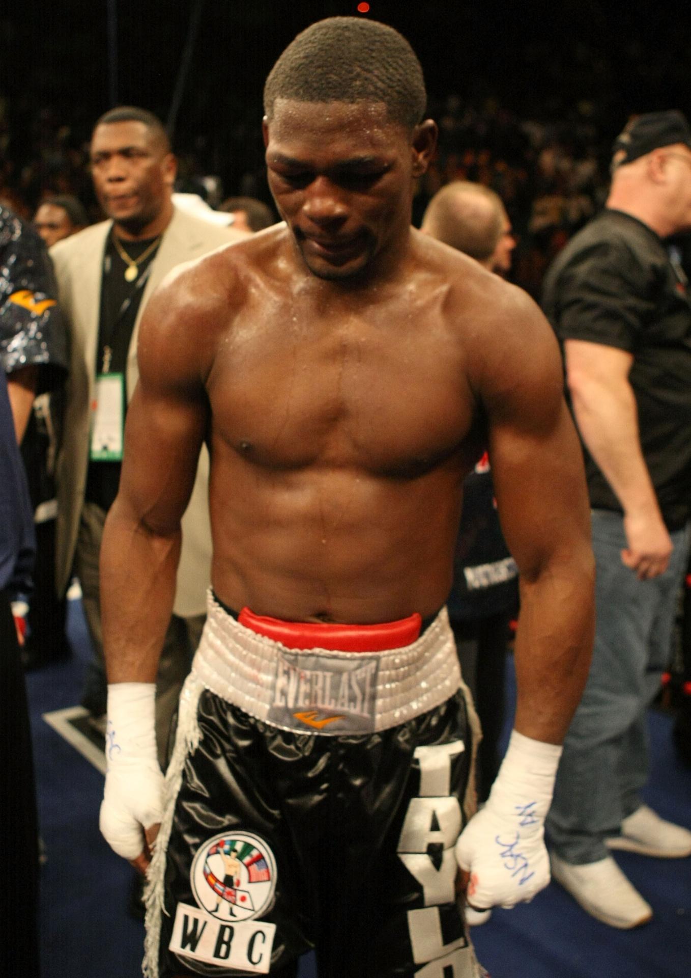 Jermain Taylor é boxeador profissional
