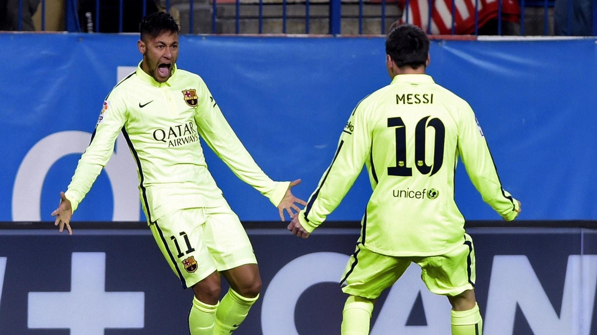 Messi comemora com Neymar gol de empate do Barcelona marcado pelo brasileiro