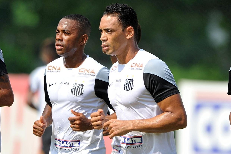 Robinho e Ricardo Oliveira devem formar o ataque titular do Santos contra o Ituano