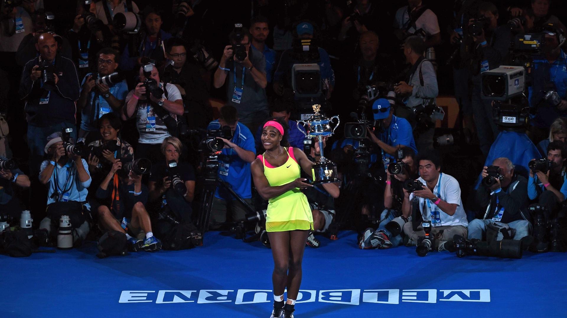 Fotógrafos tentam registrar a melhor imagem de Serena Williams