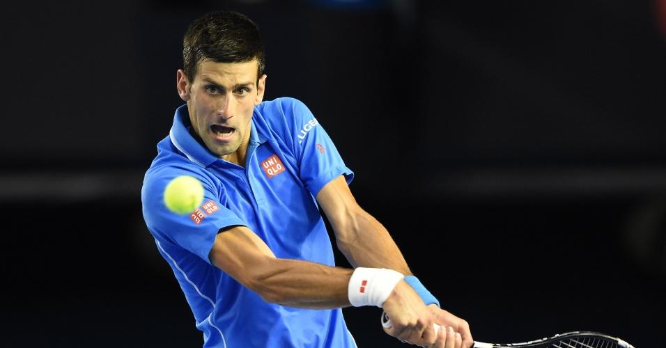 Novak Djokovic entrou em quadra buscando seu quinto título no Aberto da Austrália