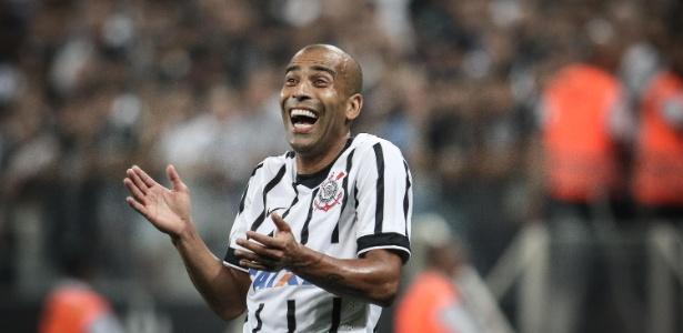 Emerson Sheik está de saída do Corinthians e deve atuar no Vasco