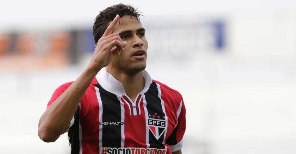 Alan Kardec comemora gol do São Paulo contra o Bragantino