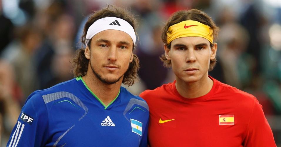Nadal e Mónaco posam para foto antes de jogo da Copa Davis em 2011