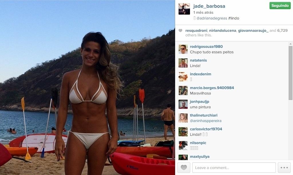 Foto de Jade Barbosa no Instagram ressalta o físico da ginasta