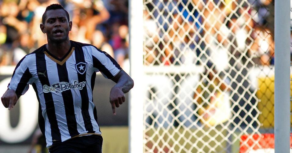 Jobson comemora gol do Botafogo e imita CR7