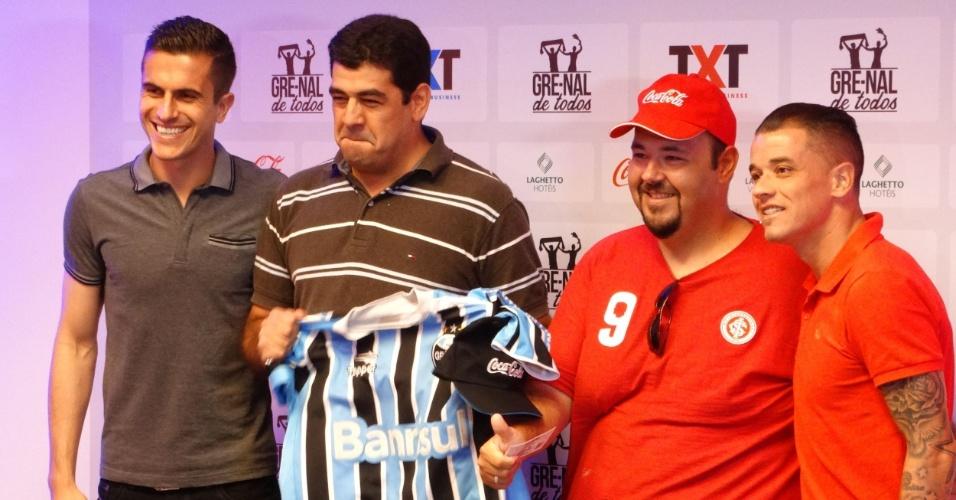 Marcelo Grohe e D'Alessandro entregam ingressos para setor misto do Gre-Nal 404