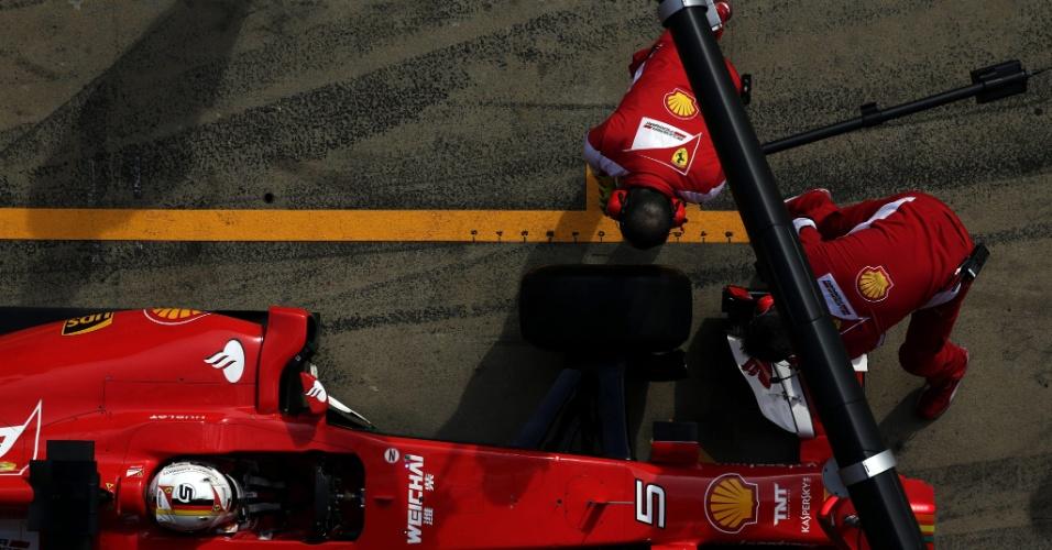 Sebastian Vettel levou a Ferrari ao quarto lugar nesta sexta-feira