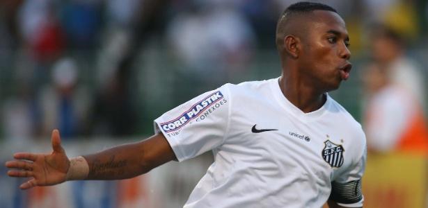 O atacante Robinho prometeu responder a diretoria do Santos na próxima segunda-feira