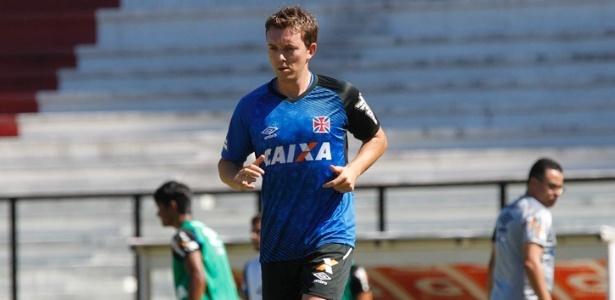 Dagoberto está inscrito no Carioca, mas ainda não foi regularizado pelo Vasco