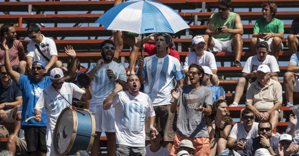 Torcida argentina também faz a festa no Complexo Tecnópolis