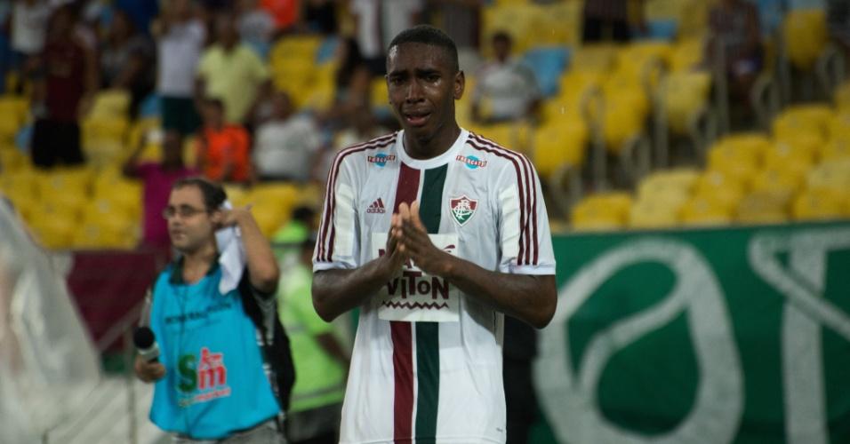 Kenedy se emociona após marcar em clássico carioca