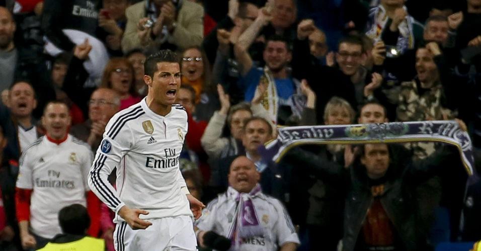 Cristiano Ronaldo empata de cabeça para o Real Madrid na partida contra o Schalke