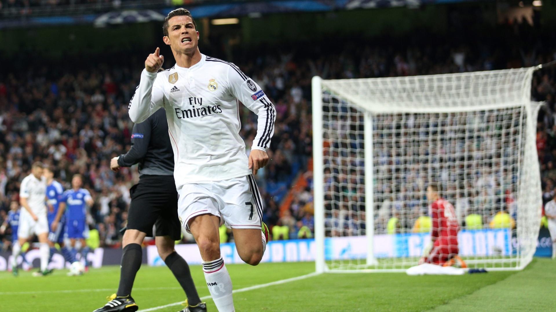 Cristiano Ronaldo marca o segundo gol contra o Schalke e alcança 75 gols na história da Liga dos Campeões