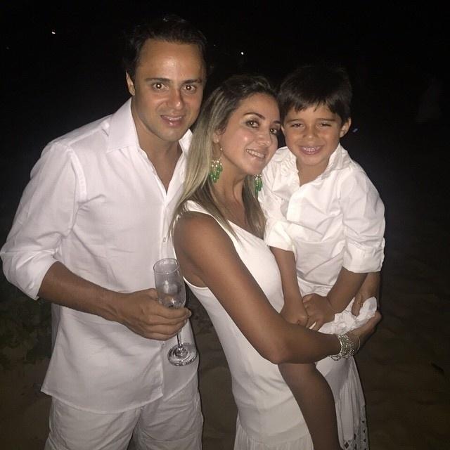 Foi na própria Bahia que Massa passou a virada do ano, junto com a mulher Rafaela e o filho Felipinho