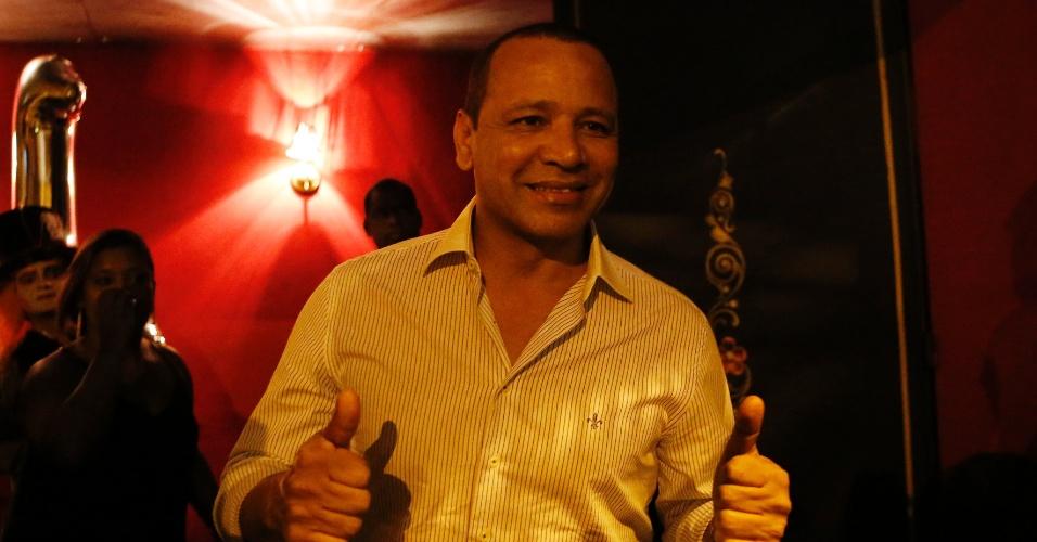 Neymar pai também foi à boate em São Paulo comemorar o aniversário da filha