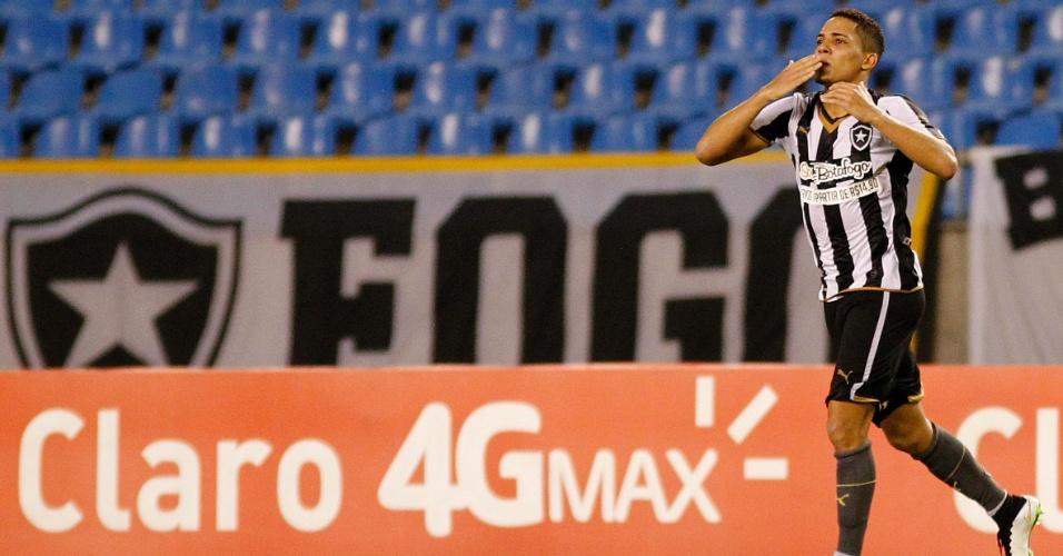 Gilberto não segurou a emoção e chorou após marcar pelo Botafogo contra o Tigres