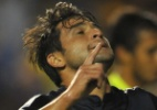 Ex-corintiano marca e Boca continua na ponta do Campeonato Argentino