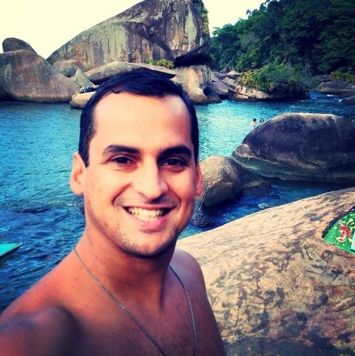 12.mar.2015 - Ricardo Pinheiro Lopes morreu após acidente em pista de skate de Niterói (RJ)