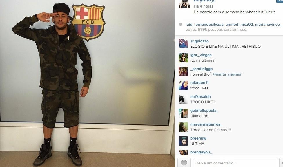 17.mar.2015 - Com roupa militar e a hashtag #Guerra, Neymar publica foto na rede social Instagram e mostra importância da atual semana para o Barcelona