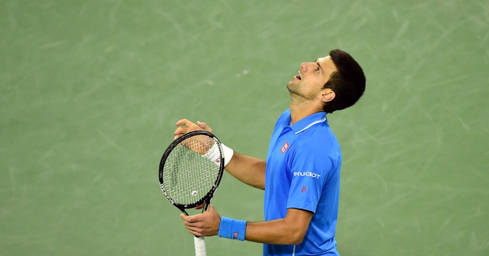 Novak Djokovic celebra vitória nas oitavas de final do Master 1000 de Indian Wells
