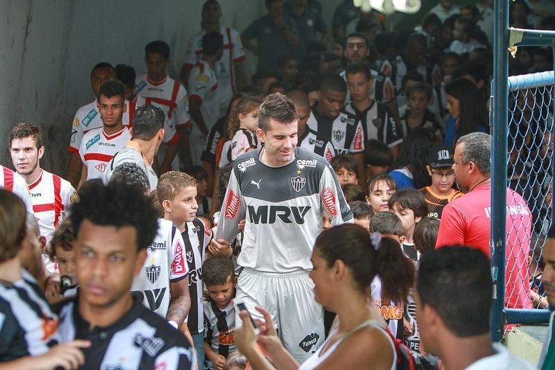 Victor deixou o campo satisfeito com o bom primeiro tempo do Atlético-MG