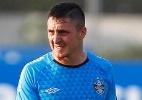 Com lesão, ex-Grêmio é cortado do Uruguai para Copa América