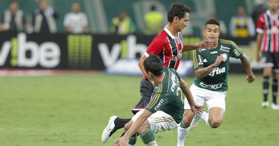 PH Ganso se livra de Robinho durante Choque-Rei entre Palmeiras e São Paulo