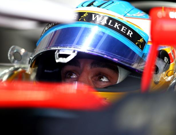 Alonso estreou no campeonato na Malásia, mas não completou a prova