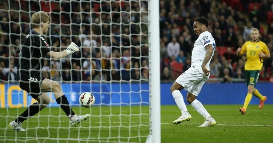 Sterling finaliza para fazer 3 a 0 para a Inglaterra contra a Lituânia