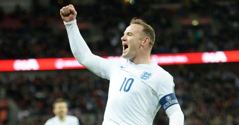 Wayne Rooney comemora primeiro gol da Inglaterra contra a Lituânia